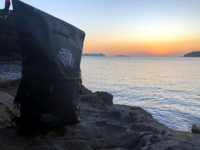 バックパックAIRと磯から観る夕陽